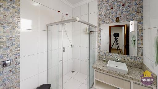 WC Suíte Solteiro 02 (andar baixo)