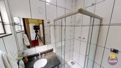 WC Suíte Solteiro 02 (andar de Baixo)