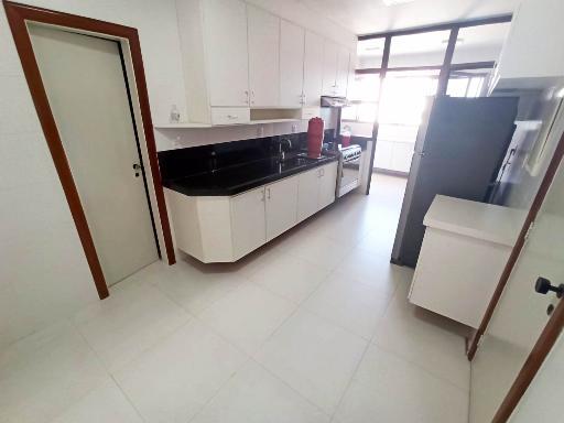 Cozinha (Ângulo 01)